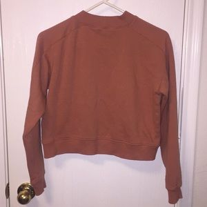 Forever 21 Sweaters - Pink cropped sweater